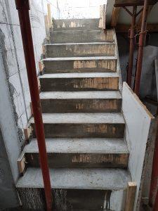 beton-b20-schody-betonowe-zelbetowe-zalane