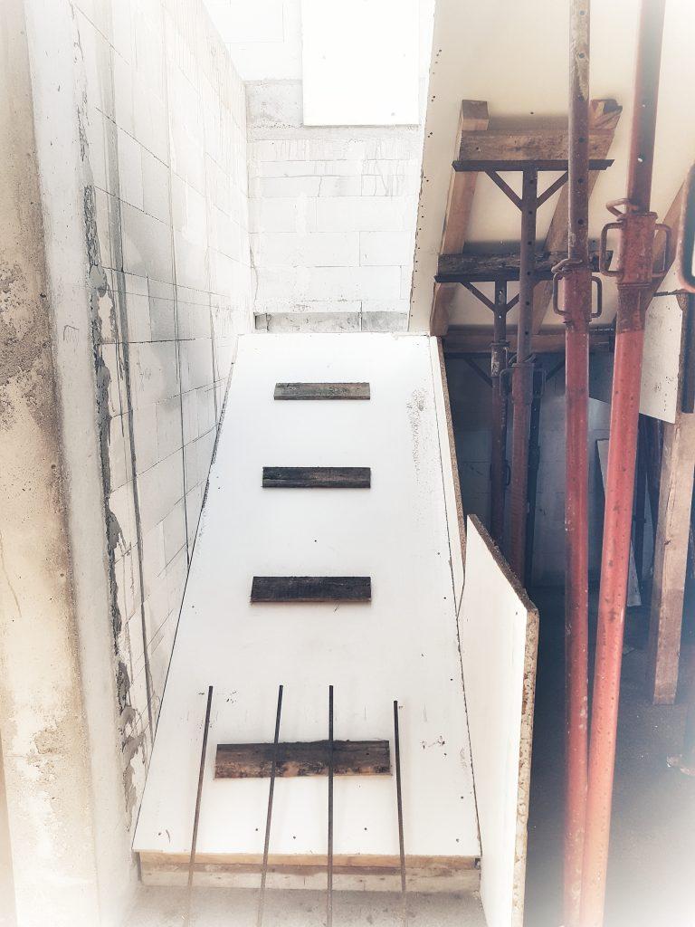 schody-zelbetowe-szalunek-wykonanie